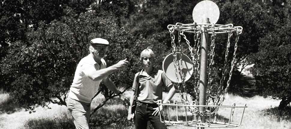 ed-headrick-frisbee-putting-mach1-basket2